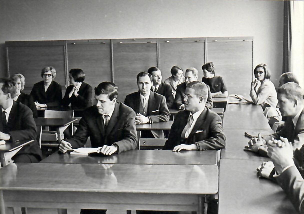 images/Seminarchronik/1968_Erffnung_Wollenweberstr.jpg